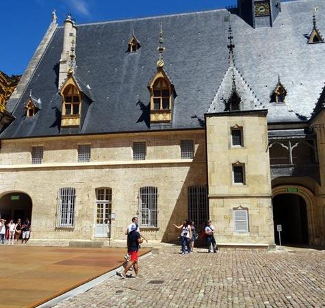 Burgundy, Beaune 32