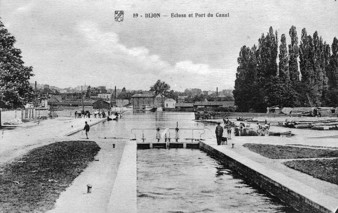 Old postcards of the burgundy canal and barges - Intermarche port du canal dijon ...